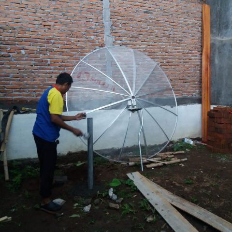Pemasangan Parabola 2 Satelit di Rumah Bp.Bantar Gunung Pati, Semarang